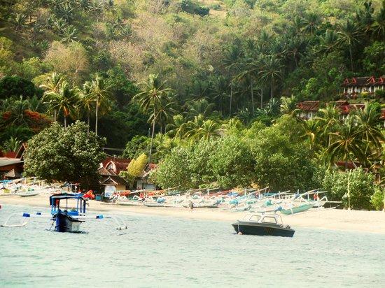 Rajas Bungalows : Senggigi beach