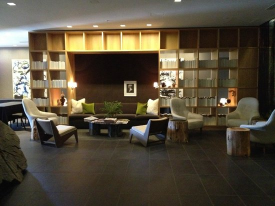 Hotel Paradox, Autograph Collection: Lobby