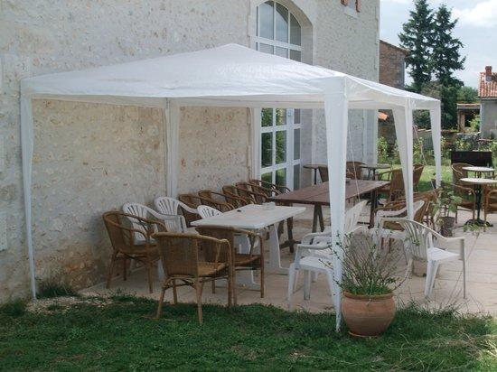 Gite Majolo : la terrasse d'été