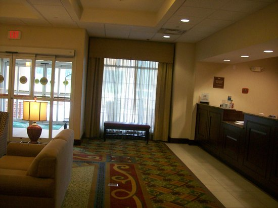 Homewood Suites by Hilton Bel Air : Lobby Front Desk