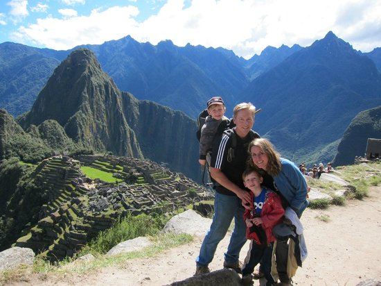 Amigos Spanish School: Visiting Machu Pichu