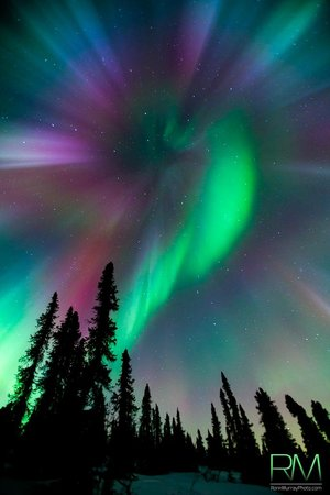 Fairbanks, AK: St. Patty's Day Northern Lights dispaly