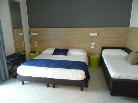 Hotel Sole: bedroom
