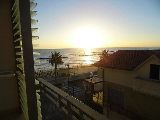 Hotel Sole: sunrise
