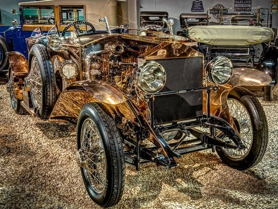 National Automobile Museum : 1921 Copper Body Rolls Royce