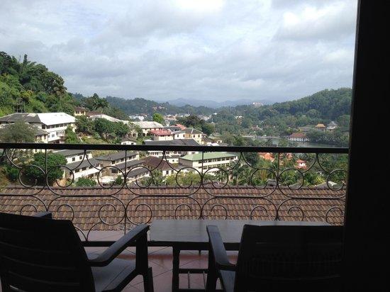 McLeod Inn: Nice view from shared balcony!