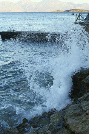 Candia Park Village: Море. Берег возле номеров с видом на море