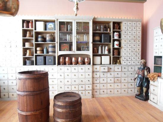 Museum of Hamburg History (Hamburgmuseum): Shop selling exotic goods