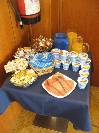 Hotel Vecellio: Breakfast