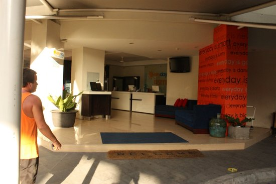 Everyday Smart Hotel : lobby