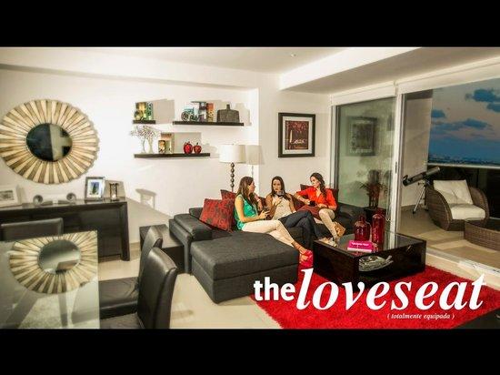 Suites Malecon Cancun : Estancia