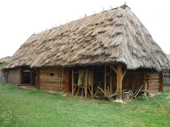 Cartisoara, Rumania: Badea Cartan Museum , traditional romanian house