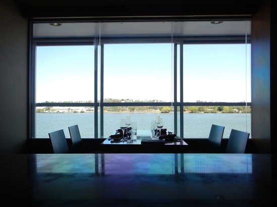 Level  Brisbane River Restaurant