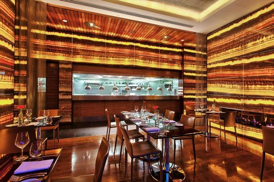 Sofitel Auckland Viaduct Harbour: Lava Dining kitchen