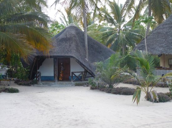 Mike's Beach Cottages: One of five cottages