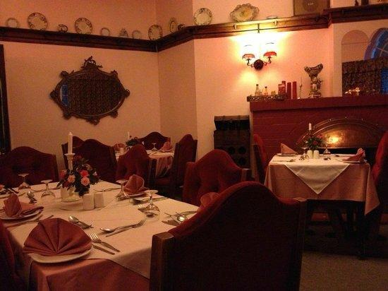 Green Lantern Inn : Dining room