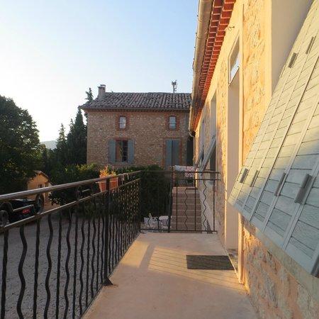 Mas des Baux : the terrace