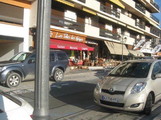 Les Thermes de Saint Gervais Mont Blanc : main street of the village