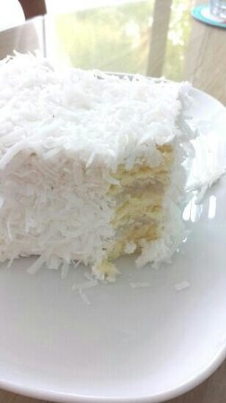 Delicious Cafe, Straights Quay, Penang: Coconut Cake