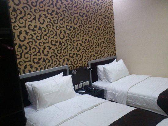D'Best Homestay : Kamar Standar - Double Bed