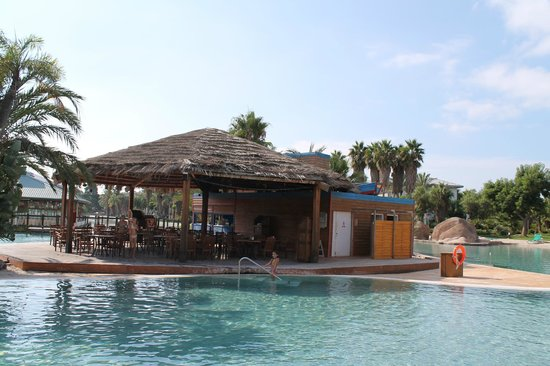 PortAventura Hotel Caribe: chiringuito piscina