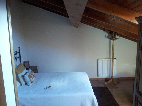 Porto de Rinlo: habitacion buhardilla