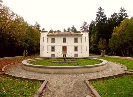 Bolotana, Италия: villa piercy front