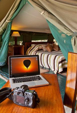 Entim Camp: Tent