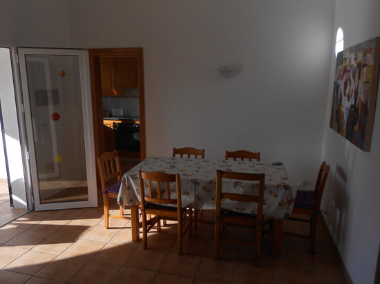 Villas Cala'n Bosch: Villa Sigfrid dining area
