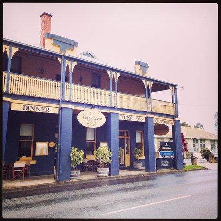 Yea Peppercorn Hotel: Street view