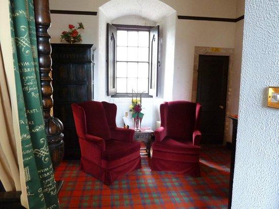 Castle Stuart - Macintosh Suite sitting area