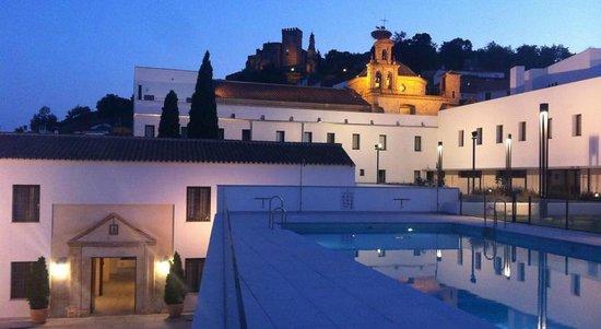 Aracena, İspanya: Vista del hotel