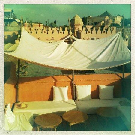 Hotel & Spa Dar Baraka & Karam: la terrasse en mai