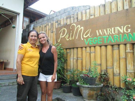 Prima Warung: La proprietaria