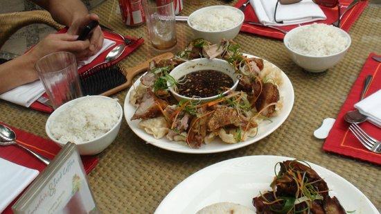 Edsa Shangri-La: yum yum!