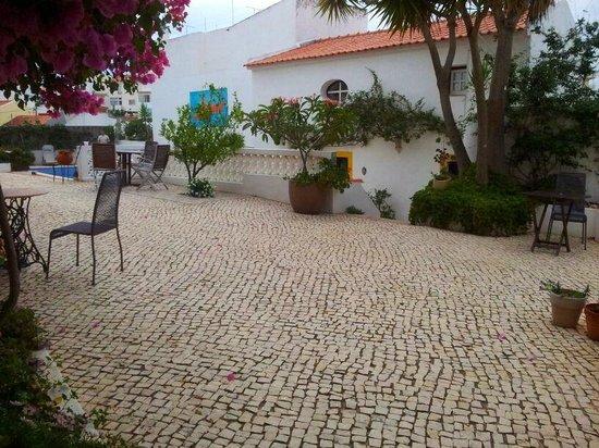Rio Arade Manor House: Grounds