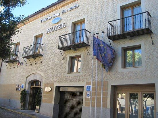 Hotel Palacio San Facundo: Hotel (vista exterior)