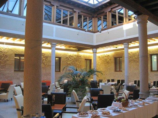 Hotel Palacio San Facundo: Pátio interior
