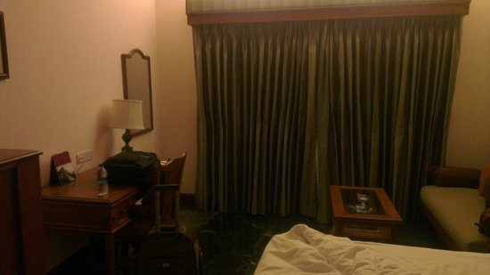 The Ummed Ahmedabad: Room