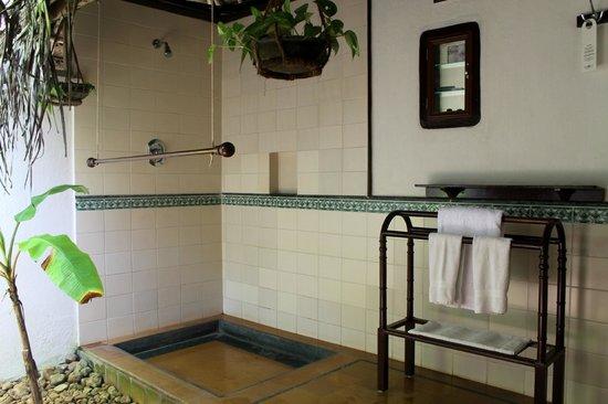 Marari Beach Resort : Badezimmer