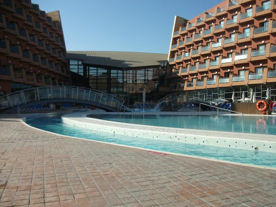 Protur Roquetas Hotel & Spa: lovely pool and lazy river