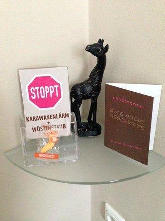 Hotel Sandmanns: Gutenachtgeschichte und Ohrstöpsel