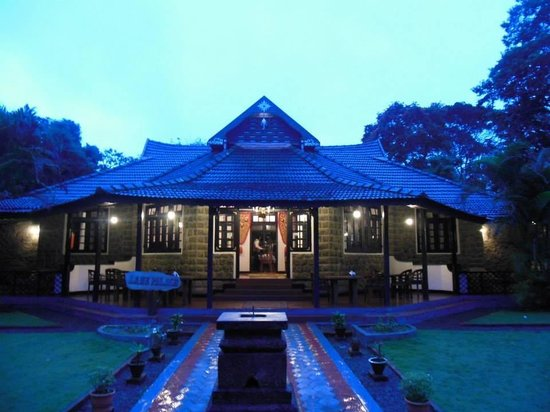 KTDC Lake Palace Thekkady: Heaven on Earth!