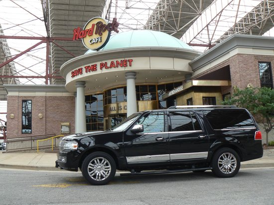 The Hotel Majestic St. Louis : Hotel car ride to Hard Rock Cafe, a must place to visit