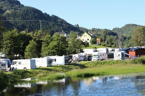 Bratland Camping,  sett fra Søilevannet