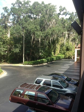 Best Western Tallahassee-Downtown Inn & Suites : EXTERIOR