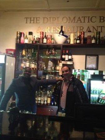 The Diplomatic Bar & Restaurant Pty: Chris en Marius