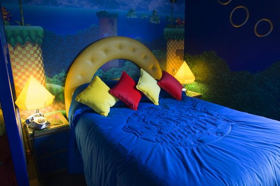 Alton Towers Hotel: Sonic The Hedgehog Themed Bedroom