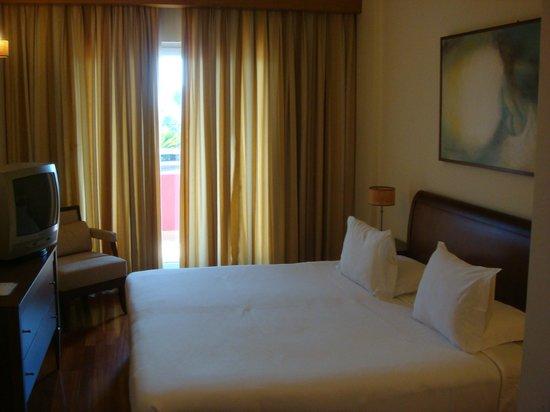 Solplay Hotel de Apartamentos: vue chambre