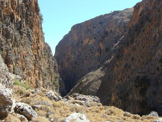 kleurenpracht - Picture of The Gorge of Aradena, Aradena ...
